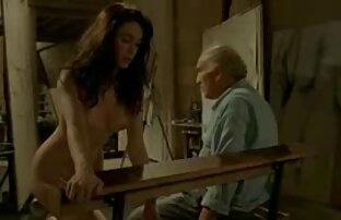 مرد موهای قرمز با بلوند فرفری دانلود فیلم سکس با معلم زیبا خوابید