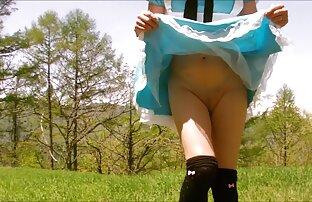 مرد دختری طاس نازک را با جوجه های کوچک برید گایشجنده